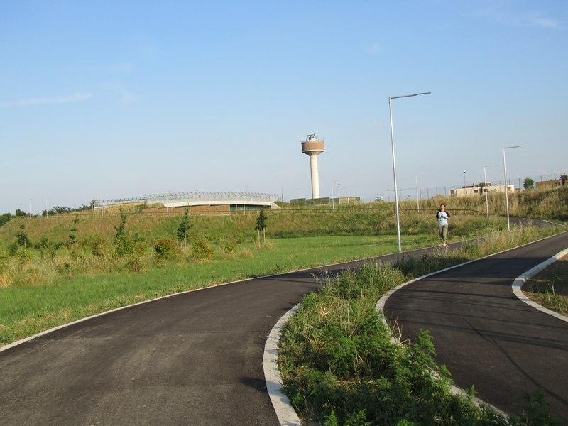 LEADER LIGHT - Cicleway with flyover on A4 Highway – Pero 11