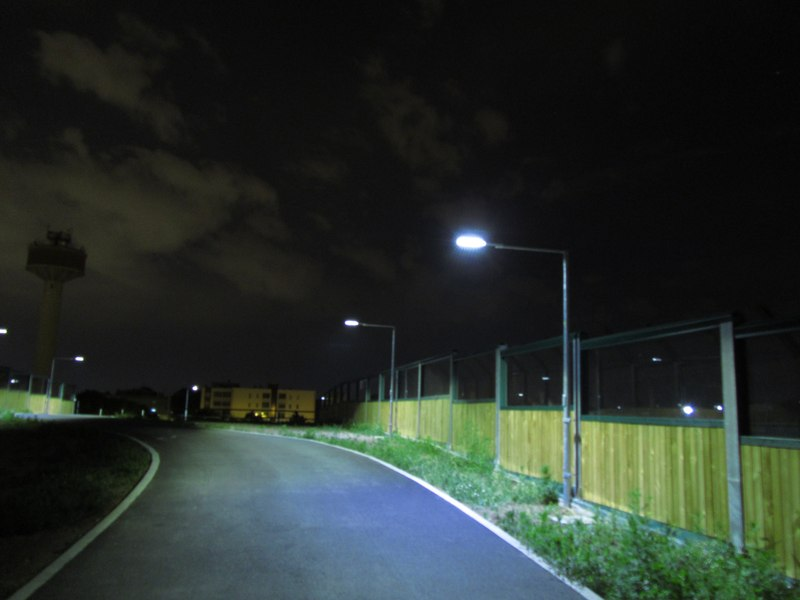 LEADER LIGHT - Cicleway with flyover on A4 Highway – Pero 8