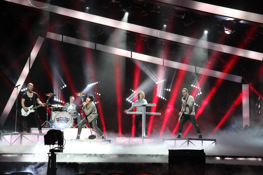 LEADER LIGHT on Melodifestivalen Sweden 3