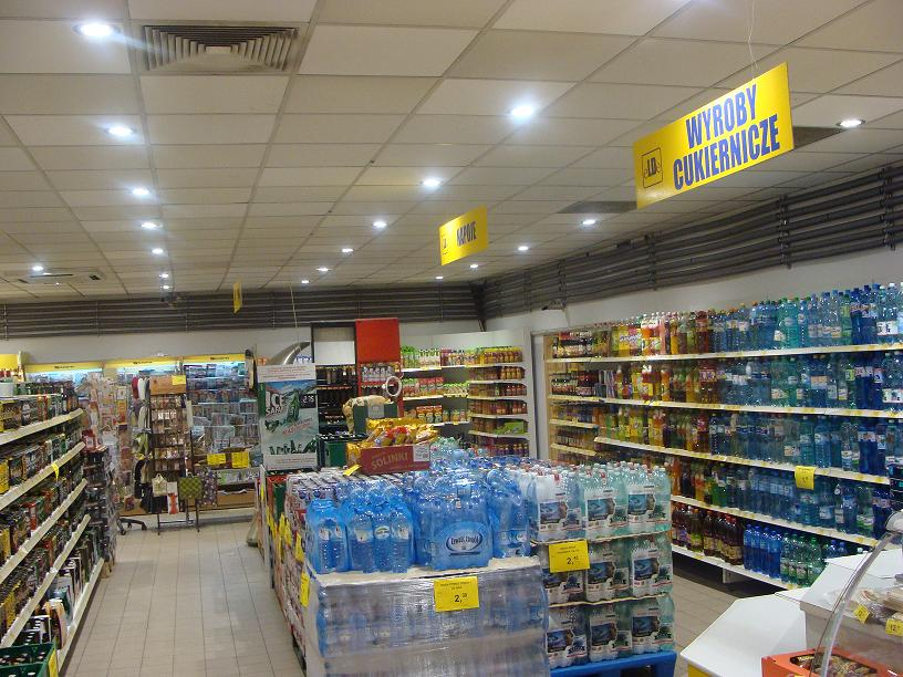 LEADER LIGHT in Poland Supermarket  4